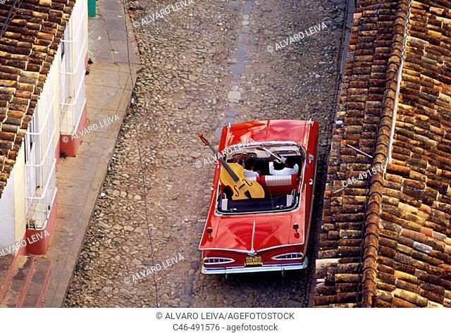 Classic car, Trinidad. Sancti Spíritus province, Cuba