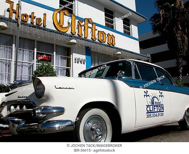 USA, Florida, Miami Beach: Hotel in Miami Beach's art deco district