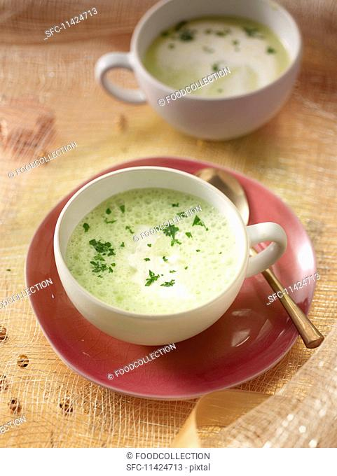 Parsley root foam soup