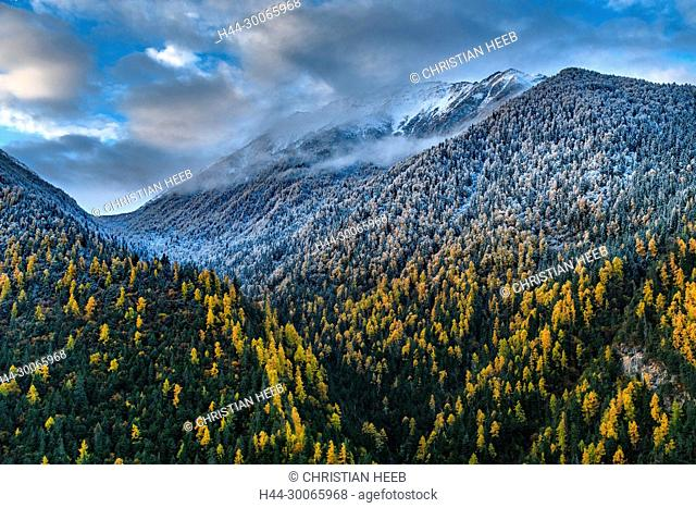 Asia, China, Chinese, Peoples Republic, Western China, Sichuan Province, Tibetan, Shuangqiao Valley, Xiaojin County, Himalaya, mountains