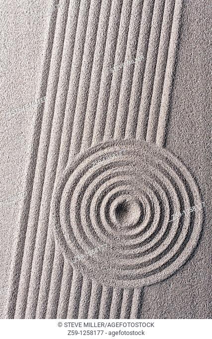 raked sand - zen rock garden - japan zen spirit inspired arrangement