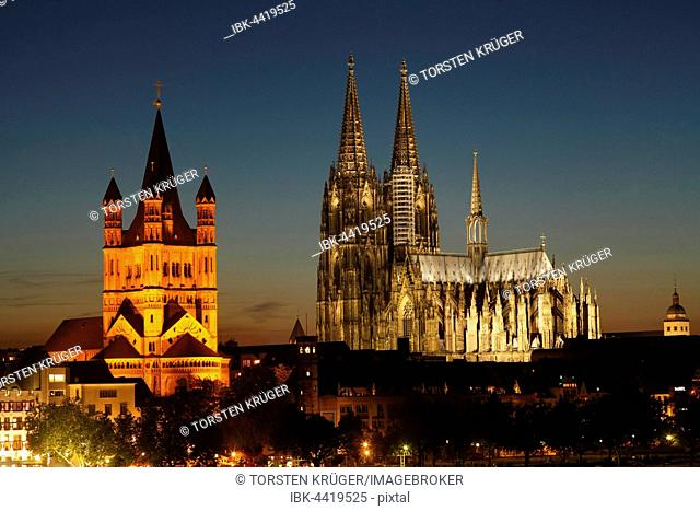 Great St. Martin Church and Cologne Cathedral, dusk, Cologne, North Rhine-Westphalia, Germany
