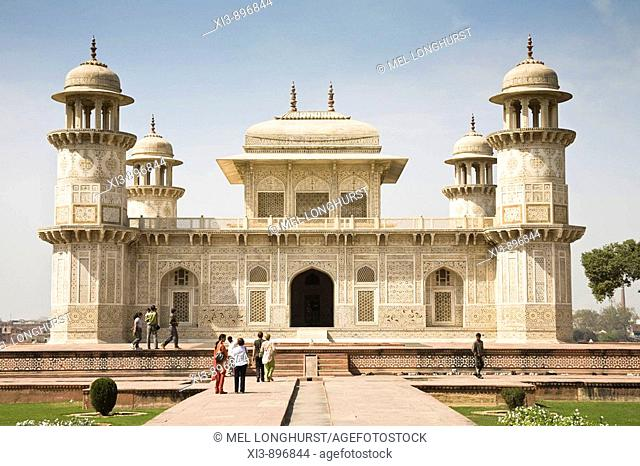 The Itimad-ud-Daulah mausoleum, also known as the Baby Taj, Agra, Uttar Pradesh, India