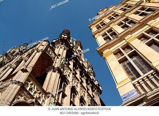Partial view of La Maison du Roi on the left. Grand Place, Brussels, Belgium, Europe