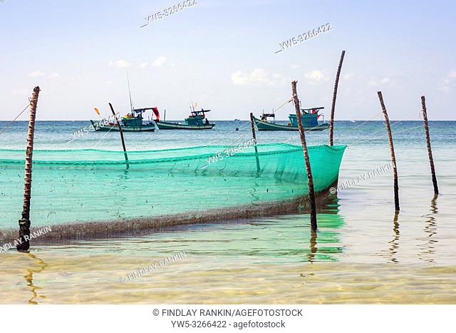 Traditional Vietnamese fishing nets at Bai Dai Tay bay in the Gulf of Thailand, Phu Quoc Island, Vietnam, Asia