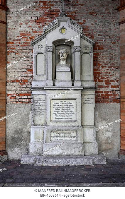 Tomb of Ludwig Michael von Schwanthaler, 1802-1848, Bavarian sculptor, Südfriedhof, Munich, Bavaria, Germany