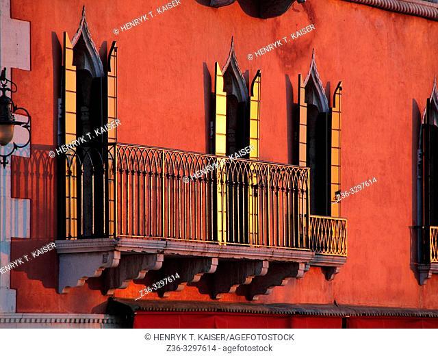 Balkony, Venice