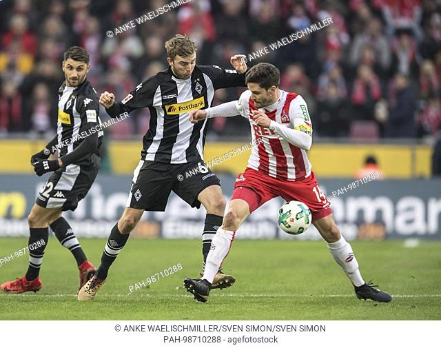 Jonas HECTOR r. (K) im duels versus Christoph KRAMER (MG), Aktion, Fussball 1. Bundesliga, 18. matchday, FC Cologne (K) - Borussia Monchengladbach (MG), am 14