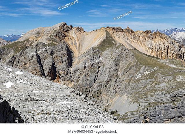 Italy, Veneto, Belluno district, Cortina d'Ampezzo, View of Col Becchei Group from the top of Croda del Vallon Bianco