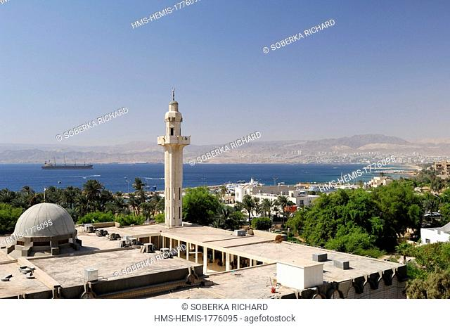 Jordan, Aqaba Governorate, Aqaba, overlooking the Grand Mosque and the Gulf of Aqaba