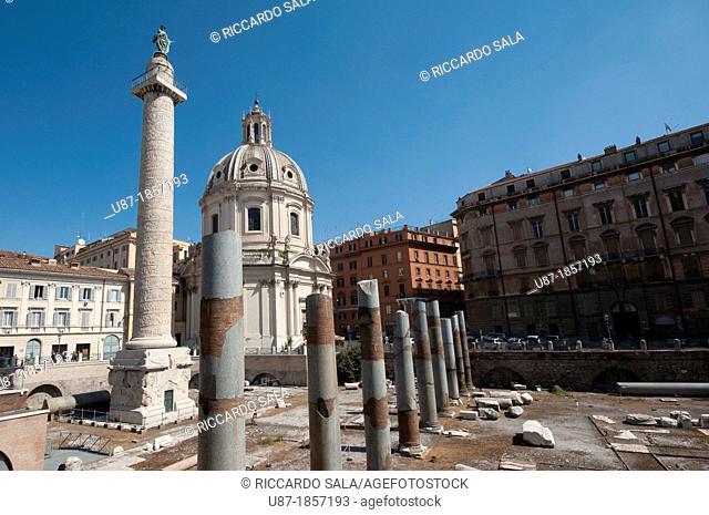 Italy, Lazio, Rome, Trajan's Column background Church of S.S. Nome di Maria