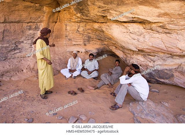 Libya, Fezzan, Sahara desert, Akakus, guides