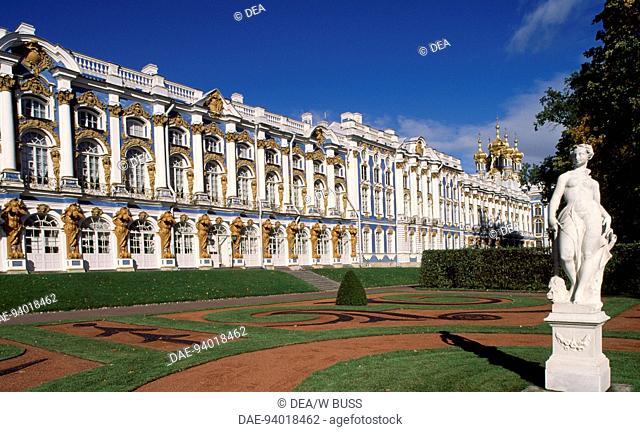 Catherine Palace (or Ekaterininsky Dvorets), 1752-1756, by architect Bartolomeo Francesco Rastrelli. Pushkin, near St Petersburg, Russia