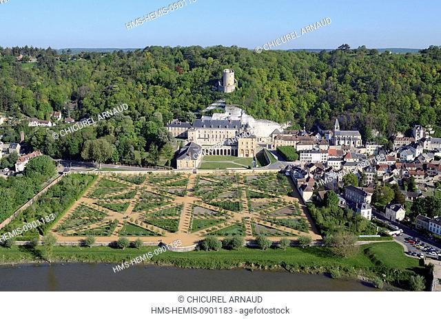 France, Val d'Oise, Parc Naturel Regional du Vexin Francais (natural regional park of Vexin Francais), la Roche Guyon labelled les Plus Beaux Villages de France...