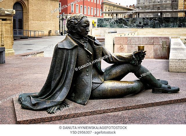 One of sculptures dedicated to Francisco de Goya y Lucientes, Plaza Pilar, Zaragoza, Saragossa, Aragon, Spain, Europe