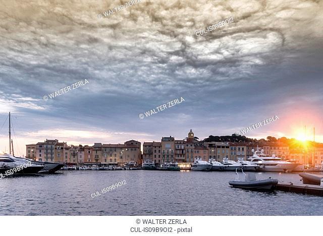 View of port, Saint-Tropez, Provence-Alpes-Cote d'Azur, France, Europe