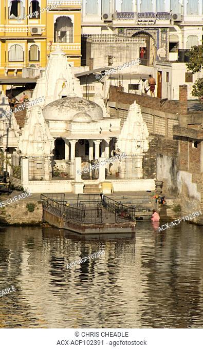 Small temple on Lake Pichola, Udaipur, Rajastan, India