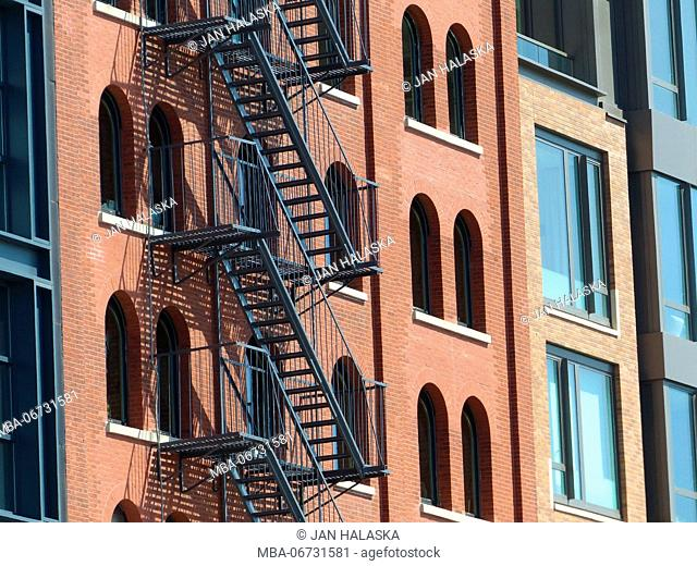 Renovated lofts in TRIBECA, aka Triangle Bellow Canal, is one of the most sought after and expensive residential area in all of Manhattan