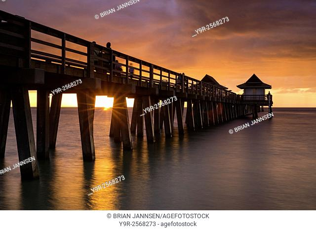 Sunset over the pier and Gulf of Mexico, Naples, Florida, USA