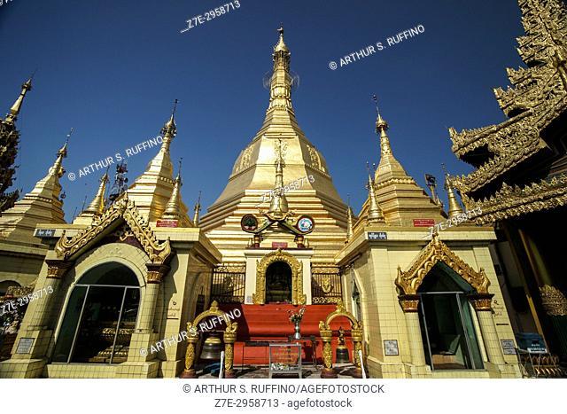 Main and minor stupas, Sule Pagoda, downtown, Yangon, Myanmar