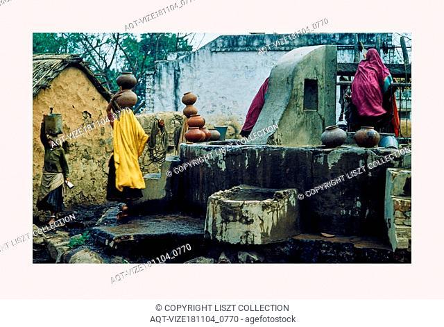 India, New Delhi, Street scenes, 1968 or earlier, Cities of Mughul India