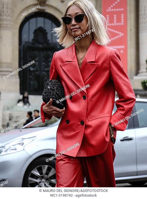 PARIS, France- October 2 2018: Vanessa Hong on the street during the Paris Fashion Week