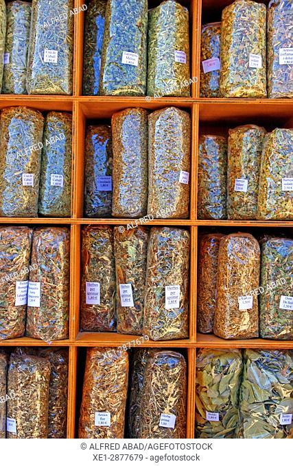 Market of medicinal herbs