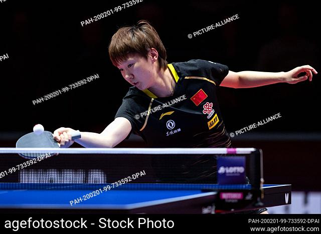 01 February 2020, Saxony-Anhalt, Magdeburg: Table tennis: German Open, women, singles, quarter finals, Wang (China) - Sun (China)