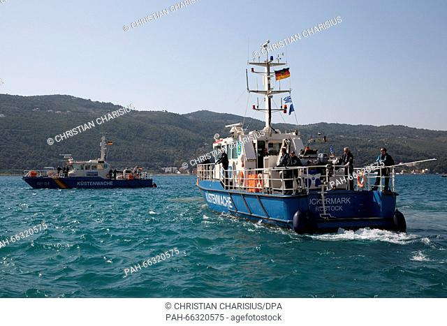 """German police patrol boats BP 62 """"""""Uckermark"""""""" and BP 64 """"""""Boerde"""""""" in the harbour of Vathy off the island of Samos, Greece, 1 March 2016"""
