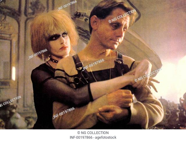 movie, Blade Runner, USA 1982, director: Ridley Scott, scene with: Daryl Hannah, William Sanderson