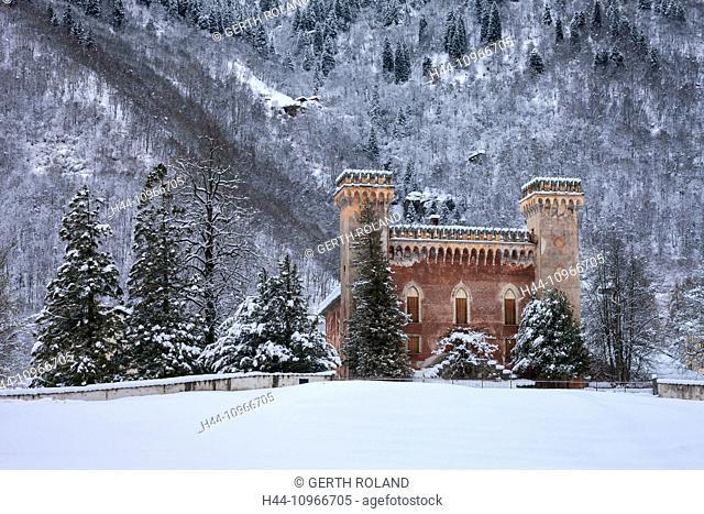 Palazzo, Castelmur, Switzerland, Europe, canton, Graubünden, Grisons, Bergell, castle, winter