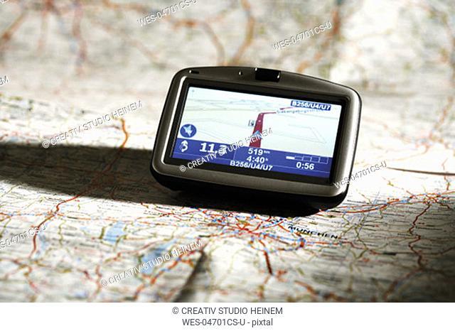 Navigation instrument on a map