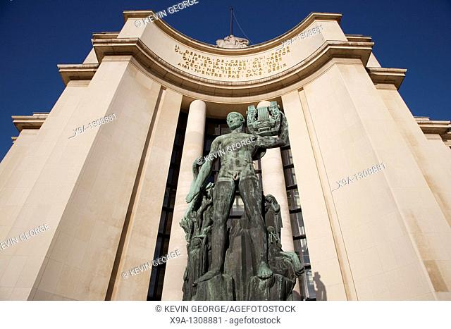 Statue outside Chailot Palace in Trocadero, Paris, France