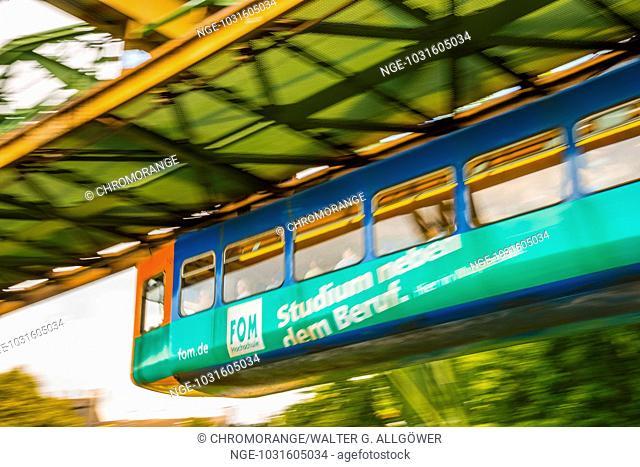 Wuppertaler Schwebebahn, Hochbahn, Wahrzeichen von Wuppertal, Wuppertal, Bergisches Land, Nordrhein-Westfalen, Deutschland, Europa