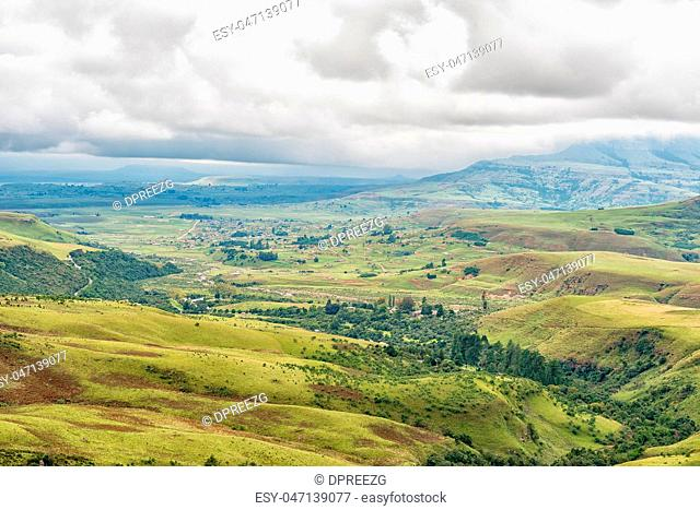 View from Lookout Rock near Mahai in the Drakensberg