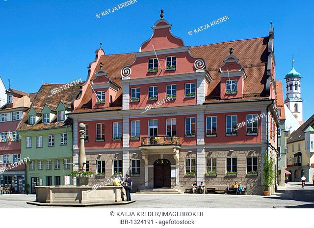 Market square with Grosszunft, Guildhouse in Memmingen, Allgaeu, Bavaria, Germany, Europe
