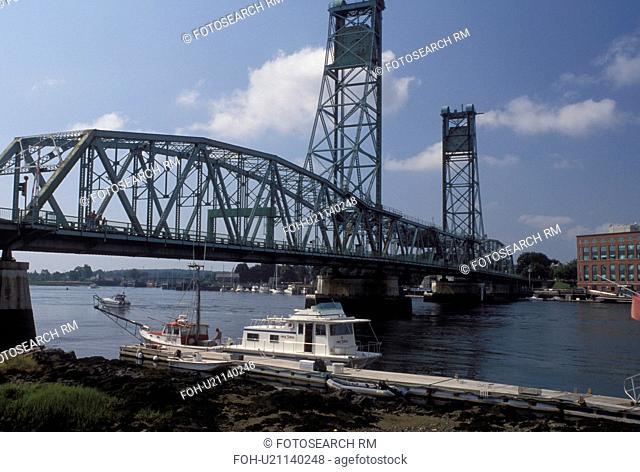 drawbridge, Portsmouth, NH, New Hampshire, Memorial Bridge crosses the Piscataqua River in Portsmouth