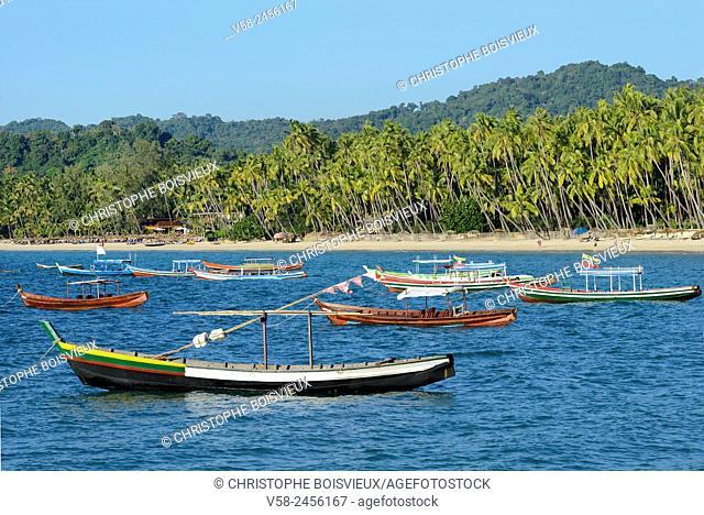 Myanmar, Rakhine State, Ngapali beach, Fishing boats