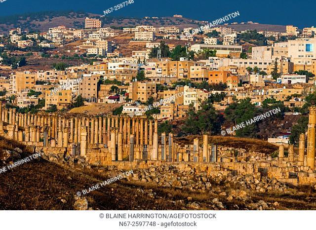 Colonnaded street, Greco-Roman ruins, Jerash, Jordan