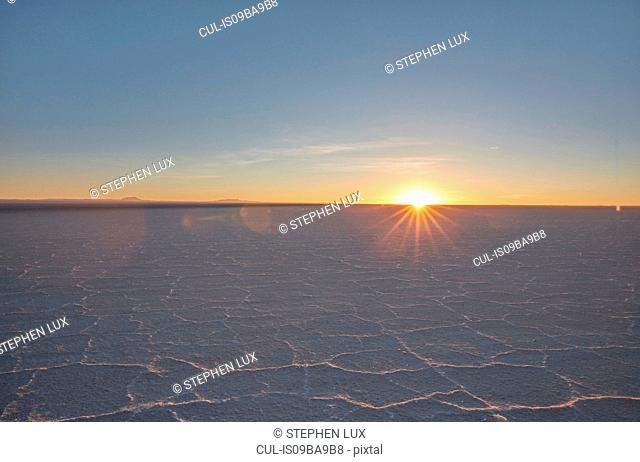 Scenic view of salt flats, Salar de Uyuni, Uyuni, Oruro, Bolivia, South America