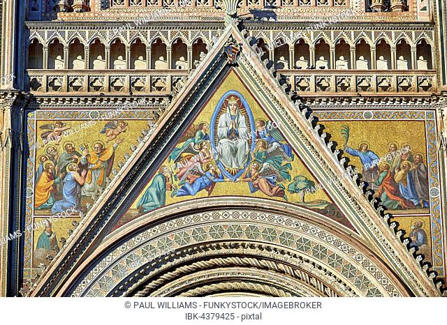 Facade of Orvieto Cathedral, Cattedrale di Santa Maria Assunta, detail with mosaic, Orvieto, Umbria, Italy