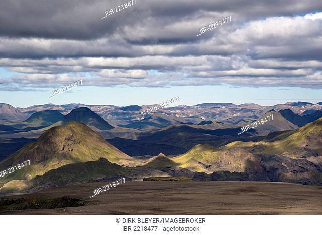 View of Þórsmoerk valley, Thorsmoerk, and Landmannalaugar, hiking trail to the Fimmvoerðuháls high plain, Fimmvoerduháls, Suðurland, Sudurland, southern Iceland