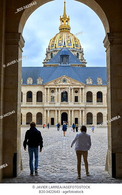 Courtyard, Hôtel National des Invalides, Paris, France