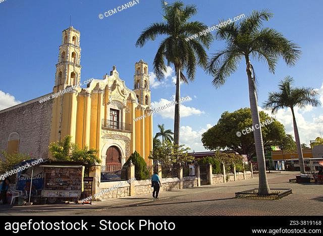 View to the San Cristobal Church at the historic center, Merida, Yucatan Province, Mexico, Central America