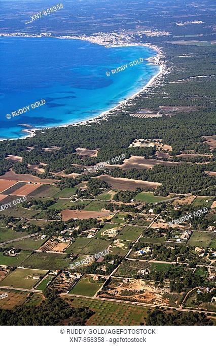 Spain, Balearic Islands, Mallorca, Ses Salines, sa Rápita al fondo