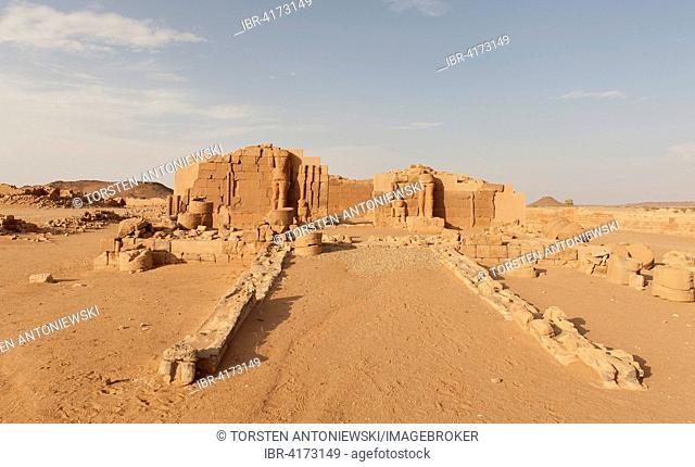 Temple ruins, Naga, Nubia, Nahr an-Nil, Sudan