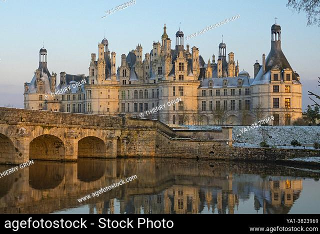 France, Loir-et-Cher (41), Chambord (UNESCO World Heritage), royal castle of the Renaissance, after the snowfall of 10th February 2021, Cosson canal