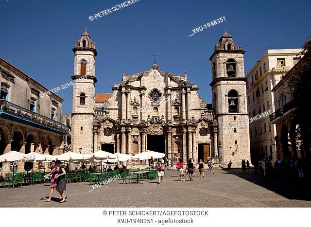 the cathedral Catedral de San Cristobal on the square Plaza de la Catedral in Old Havana La Habana Vieja, Havana, Cuba, Caribbean