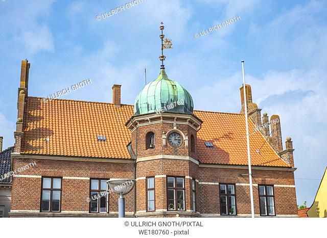 The old historic townhall of Stege, Moen Island, Denmark, Scandinavia, Europe. Das alte historische Rathaus von Stege, Insel Mön, Dänemark, Skandinavien, Europa