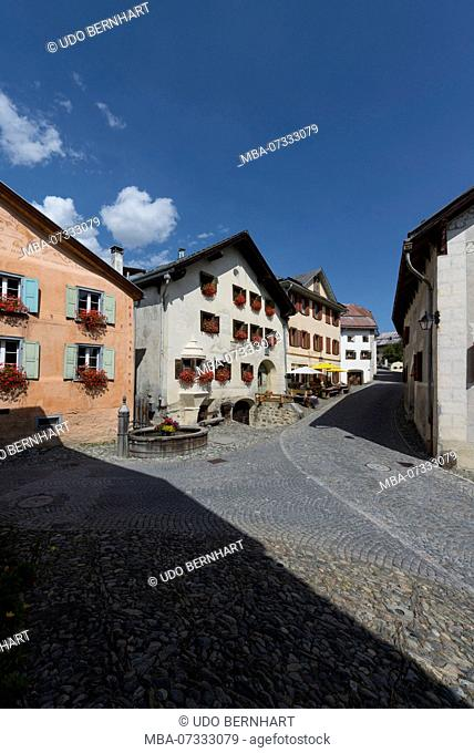 Typical houses on the village square, Guarda, Scuol, Lower Engadine, Grisons, Switzerland